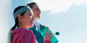 スポーツ中の水分補給