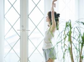 【寝る前の3ステップ】疲労回復におすすめのストレッチ